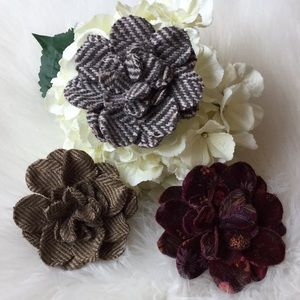 Gap Fabric Rosette Brooch/Barrettes